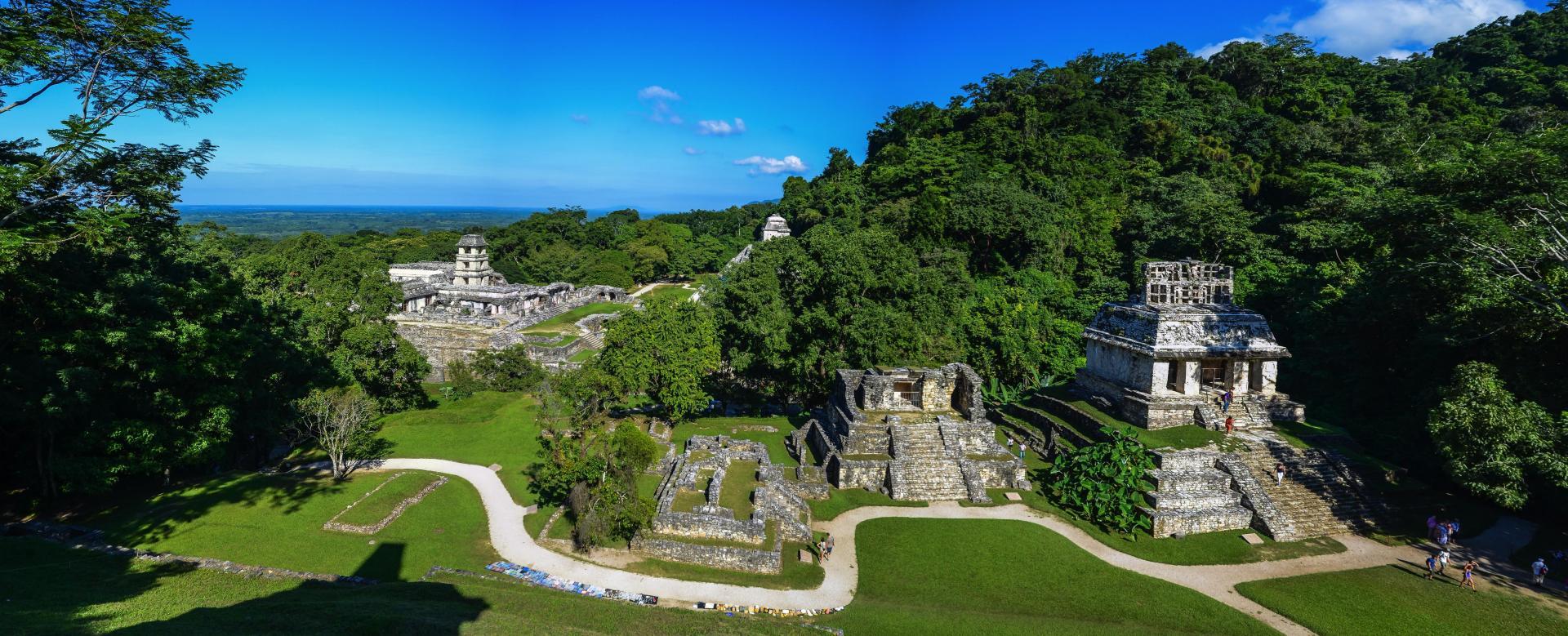 Voyage en véhicule Mexique : Les trésors du yucatán, des pyramides aux cenotes