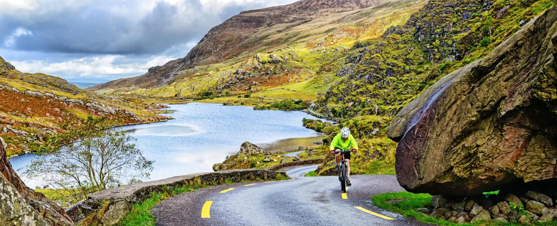 Voyage en véhicule : Iles d\'aran et connemara à vélo