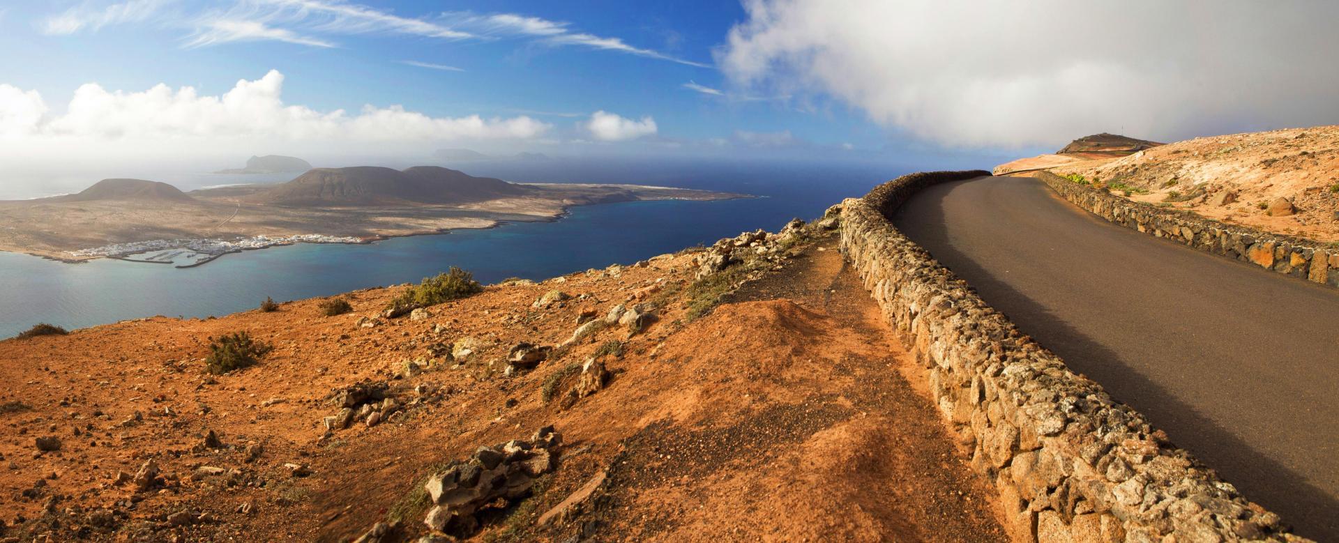 Voyage en véhicule : Lanzarote et la graciosa à vélo