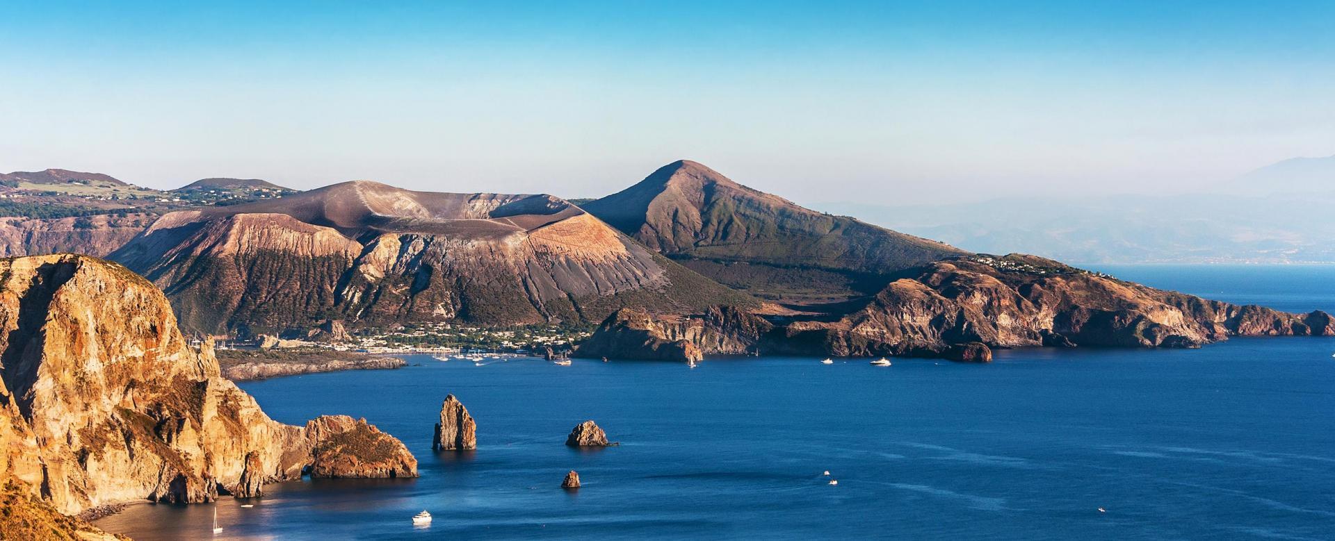 Voyage à pied : Des volcans et des dieux