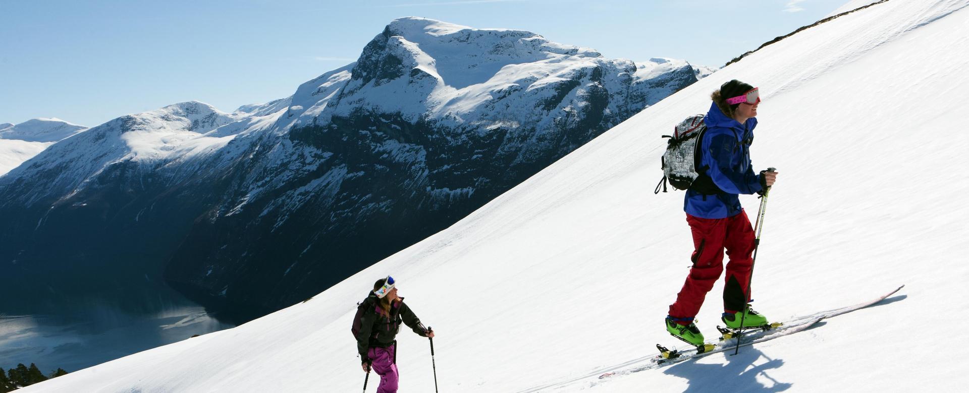 Voyage à la neige Norvège : Ski et aurores boréales sur l'île de senja