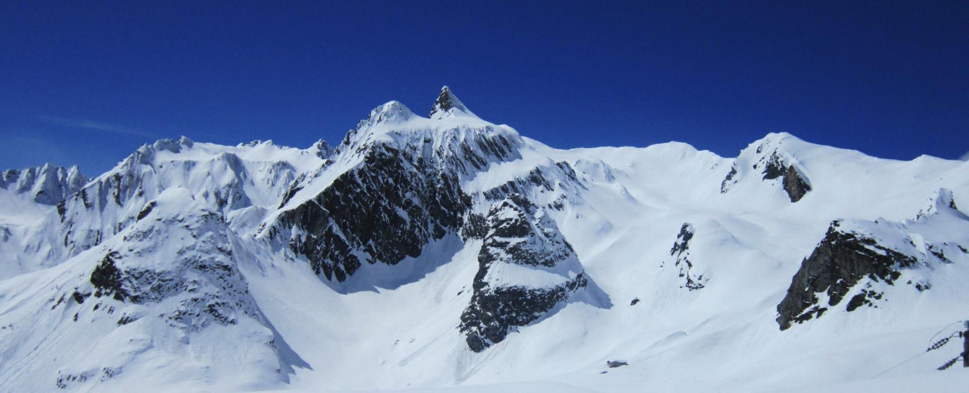 Voyage à la neige Suisse : L'hospice du grand-saint-bernard