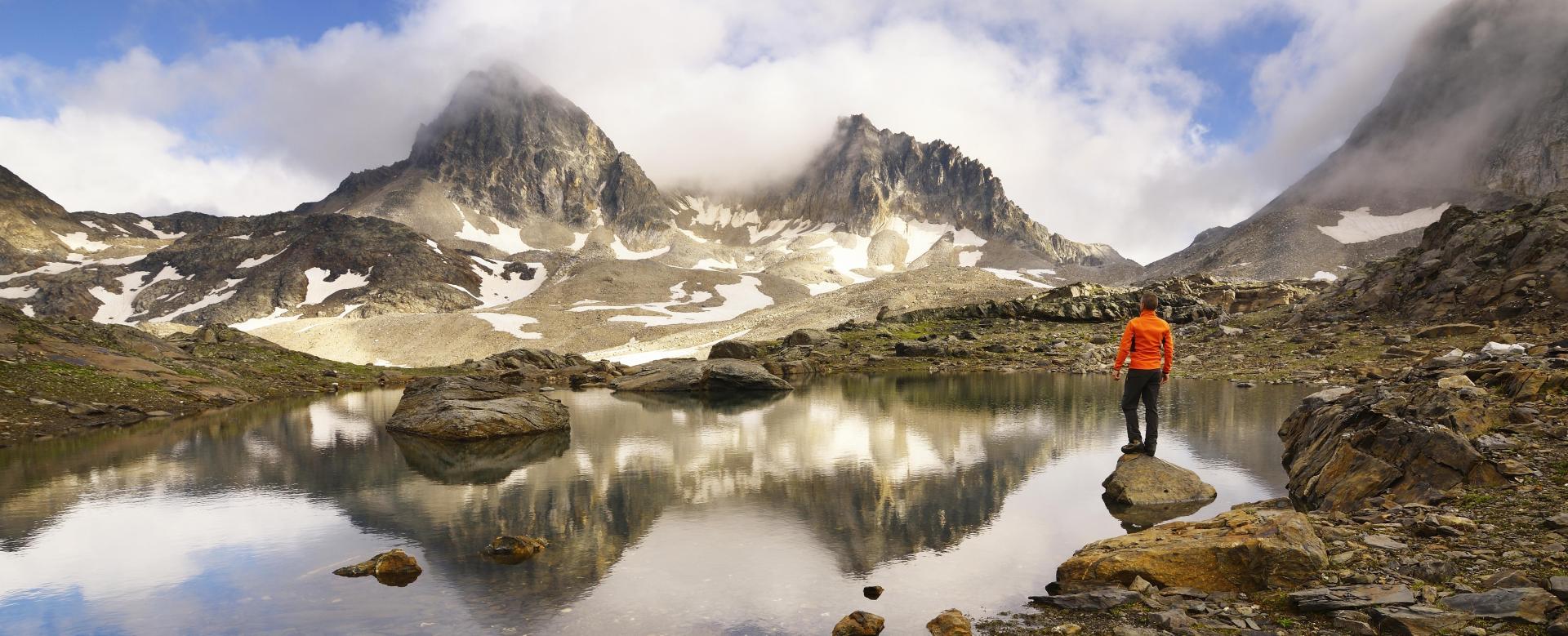 Voyage à pied : Névache, vallée etroite et mont thabor