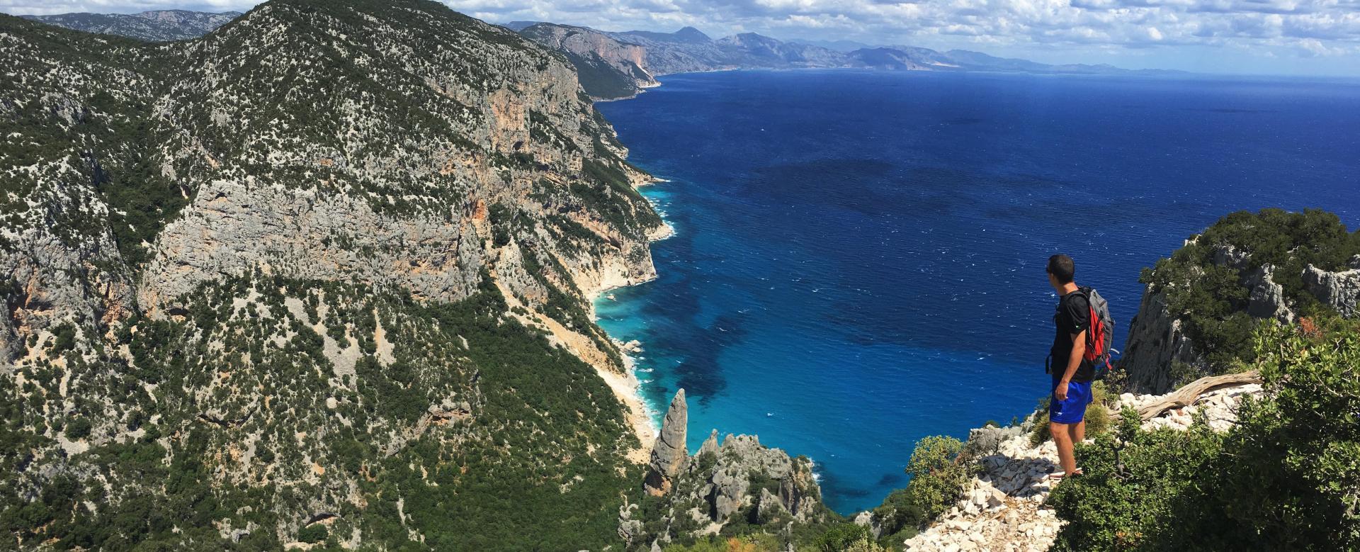 Voyage à pied : Le trail du selvaggio blu