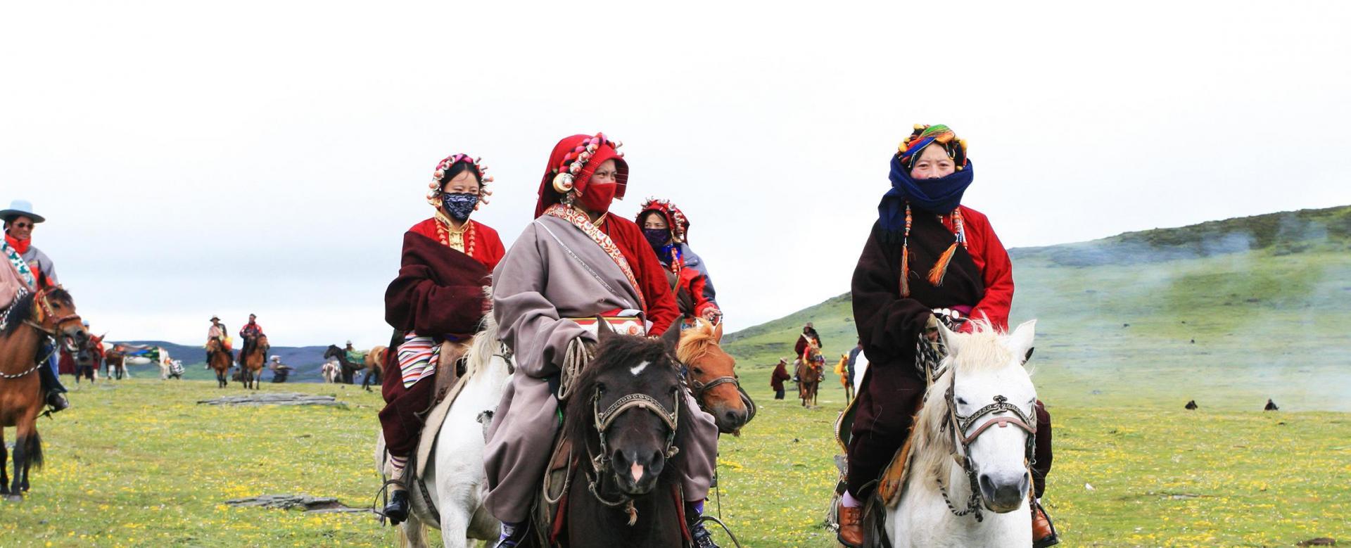 Voyage à pied : Kham : les cavaliers du vent