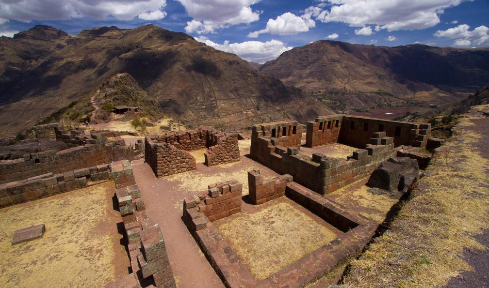 Image Trek dans la vallée sacrée et lac titicaca