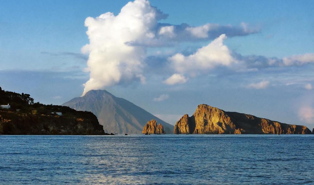 Image Des volcans siciliens à l'archipel maltais