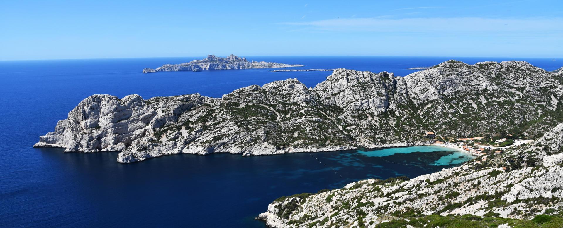 Voyage à pied : Provence : Randonnée du vertige dans les calanques