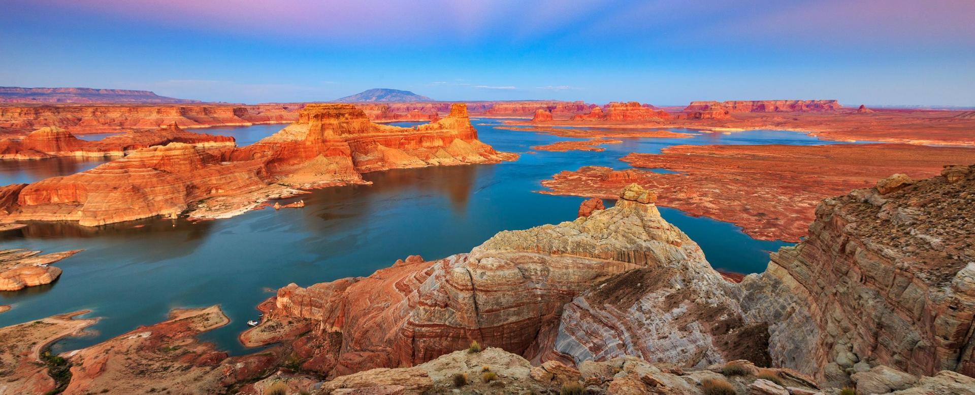 Voyage en véhicule États-Unis : Du yellowstone aux parcs de l'ouest