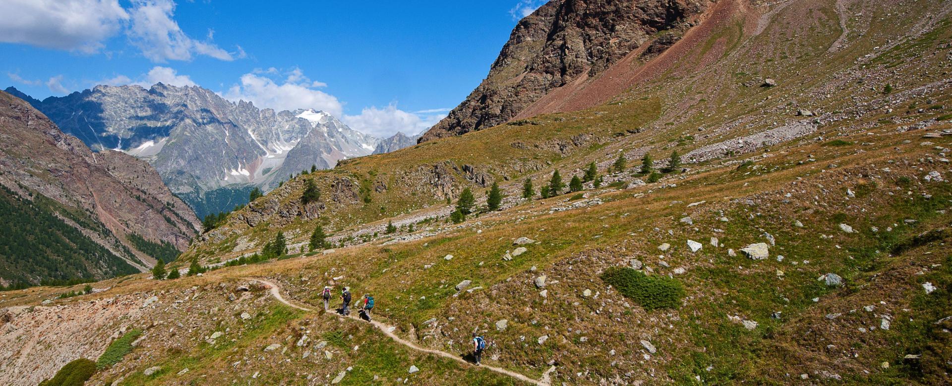 Voyage à pied : Alta via n°1 : sur les chemins des géants