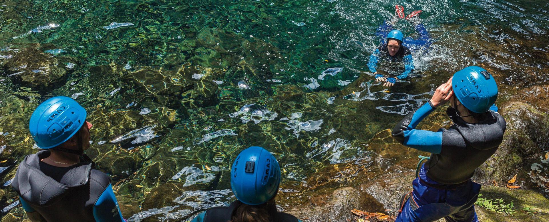 Voyage à pied : Balades aquatiques en sierra de guara
