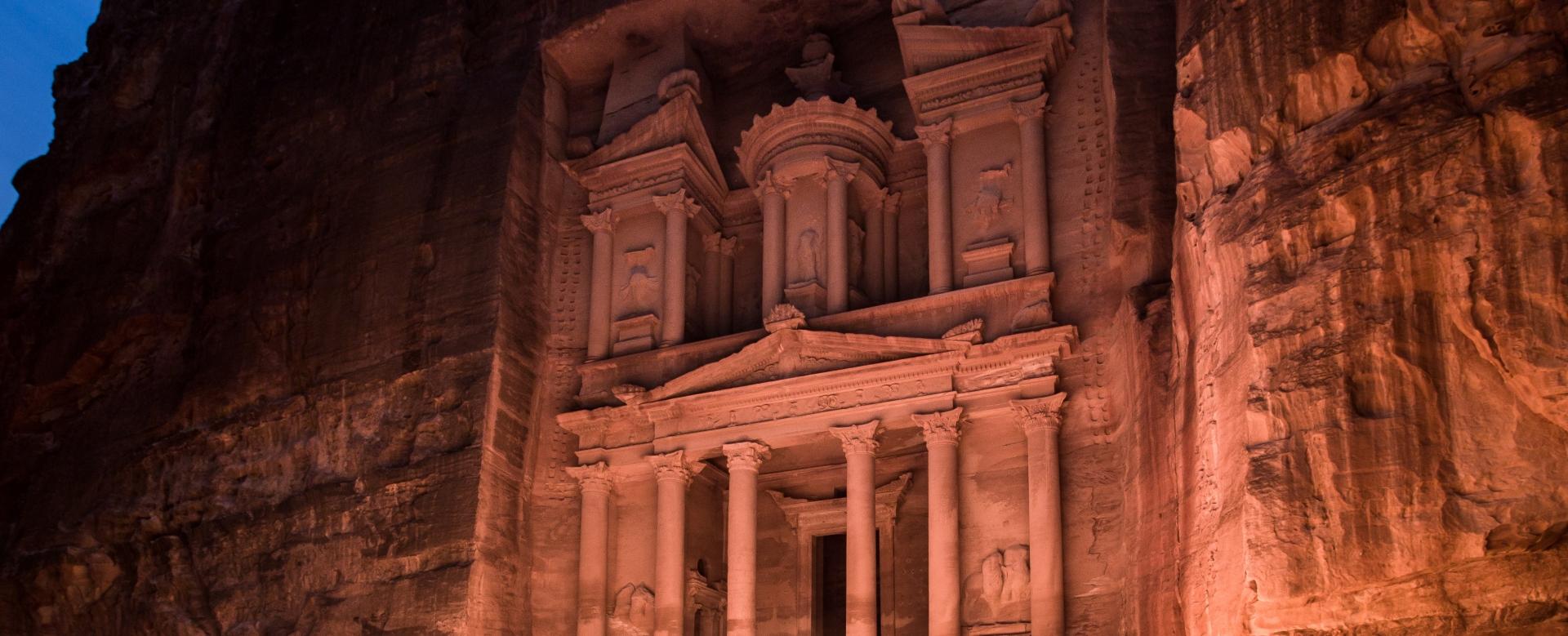 Voyage sur l'eau : Jordanie : Du désert pourpre à pétra l\'intemporelle