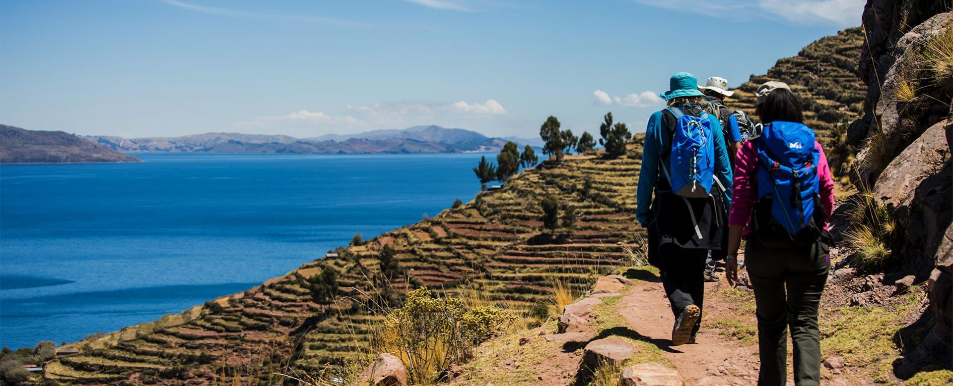 Voyage à pied : Trek dans la vallée sacrée et lac titicaca