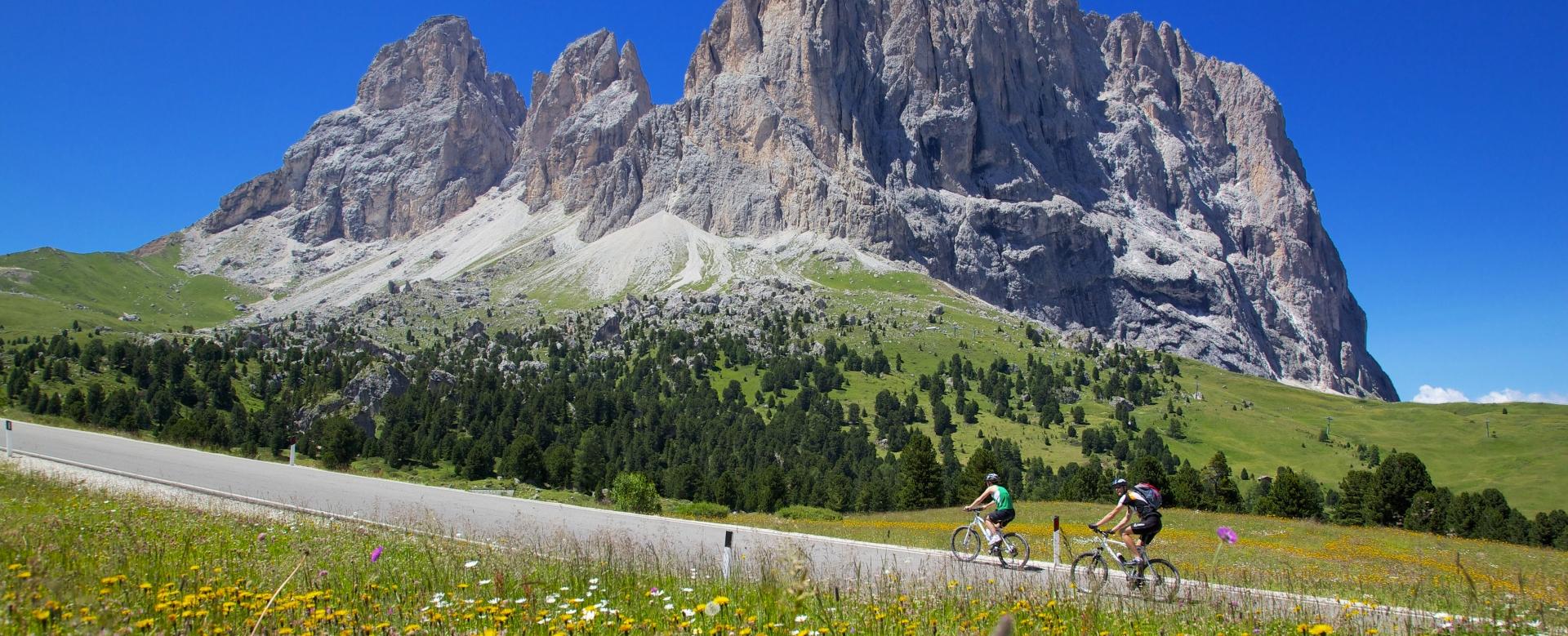 Voyage à vélo : Vélo et rando dans les dolomites