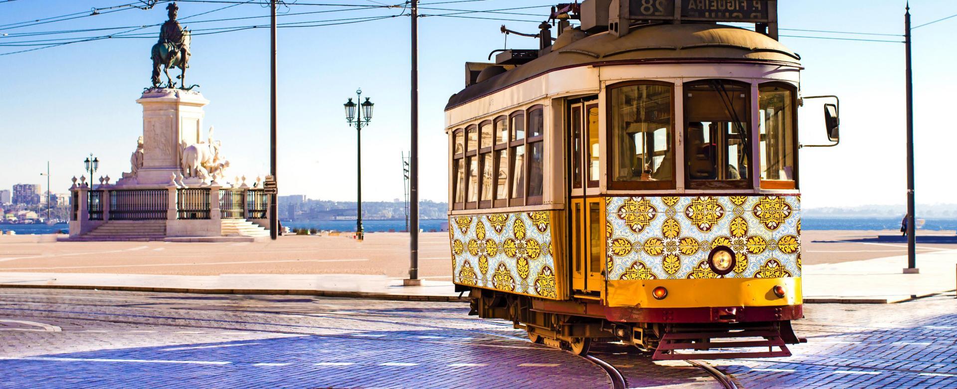 Voyage à pied : Portugal : Réveillon lisbonne, sintra et mer de paille