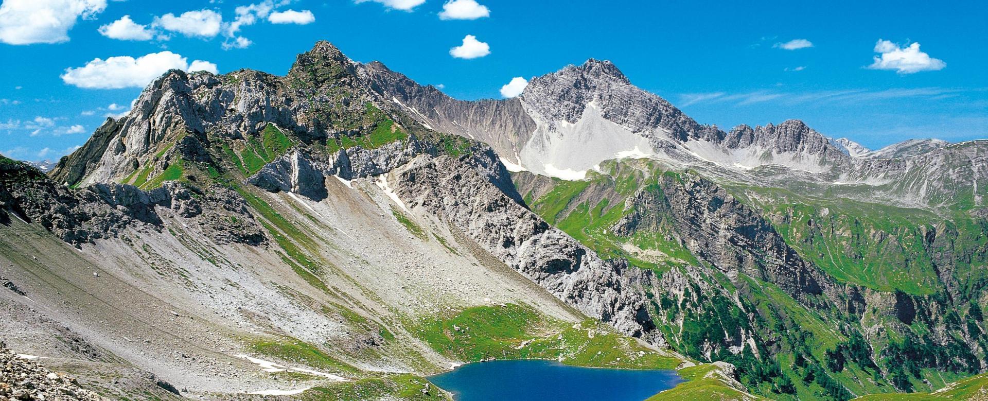 Voyage à pied : Autriche : Tyrol : le tour de la chaîne de l\'empereur