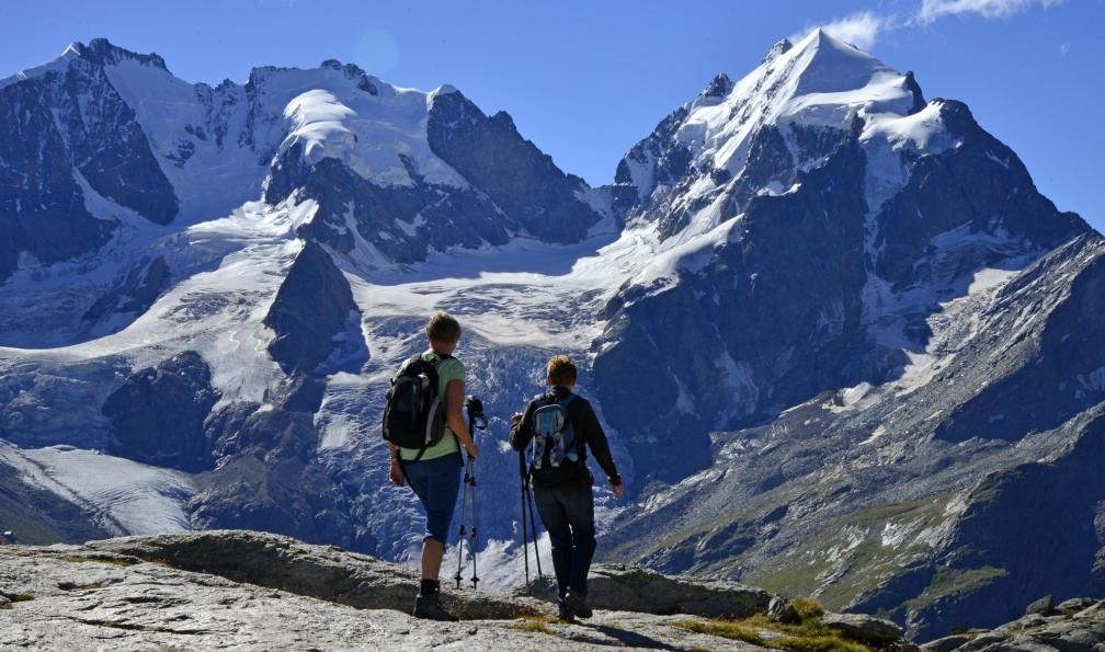 Image Saint-moritz et bernina, joyaux alpins