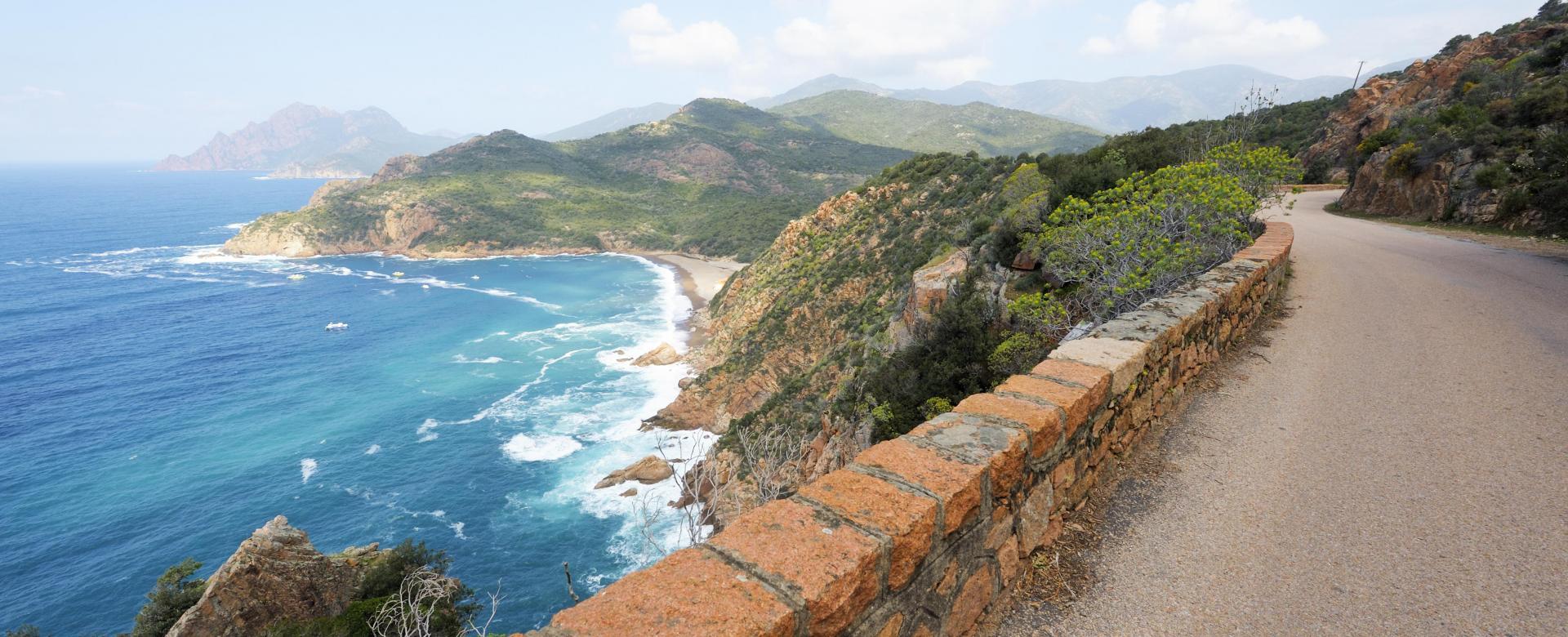 Voyage en véhicule : Corse : De bastia à ajaccio par la côte ouest à vélo