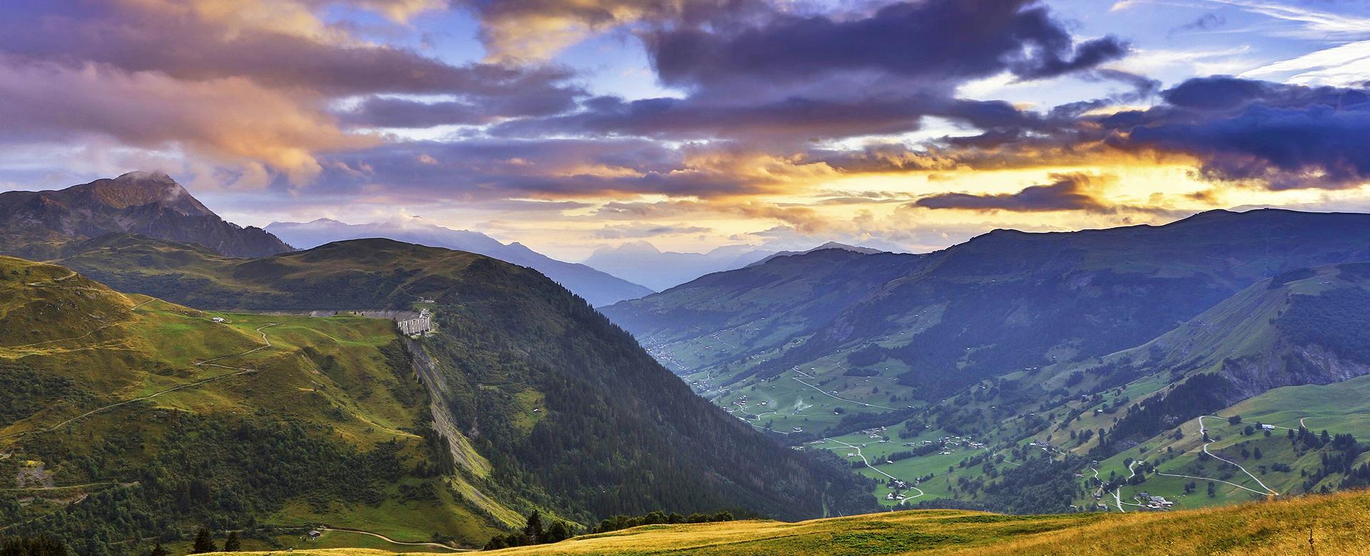 Voyage à vélo : Alpes du Nord : Entre beaufortain et mont-blanc à vélo électrique