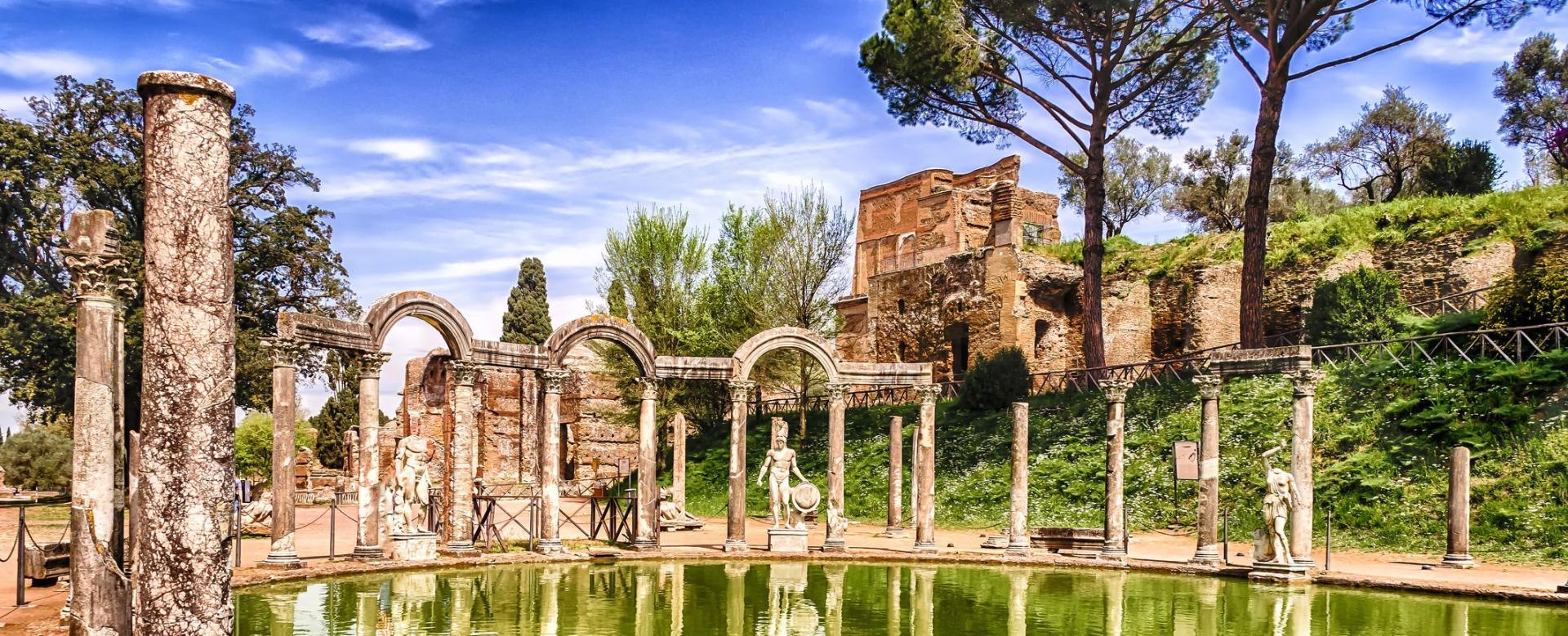 Voyage sur l'eau : Italie : Rome, des hommes et des dieux