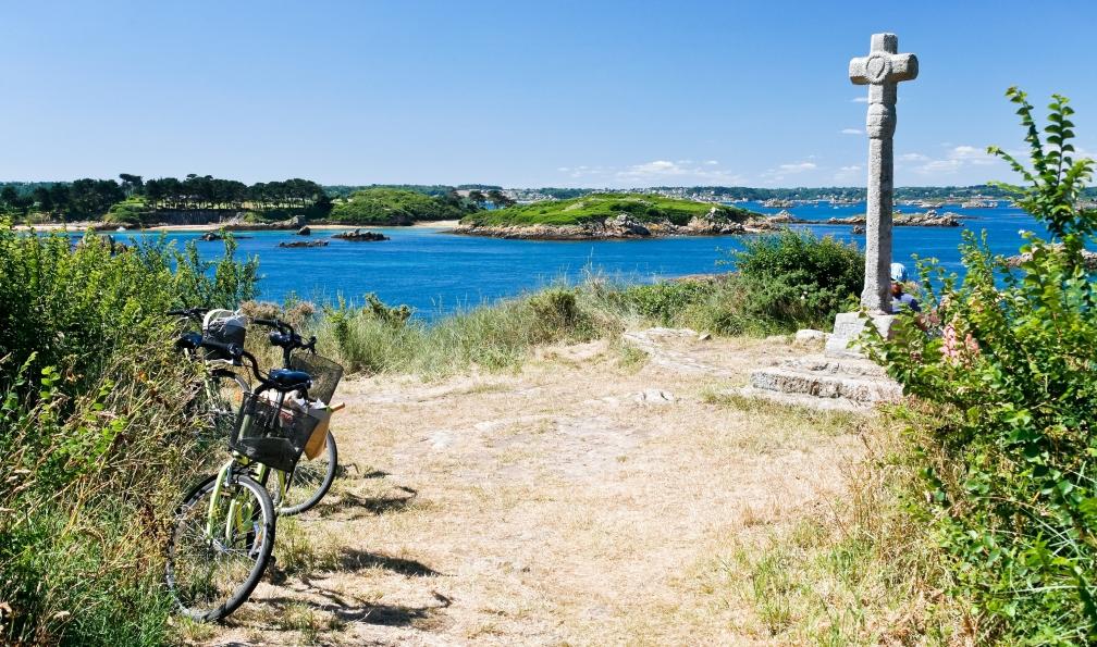 Image La côte de granit rose et l'île de bréhat à vélo