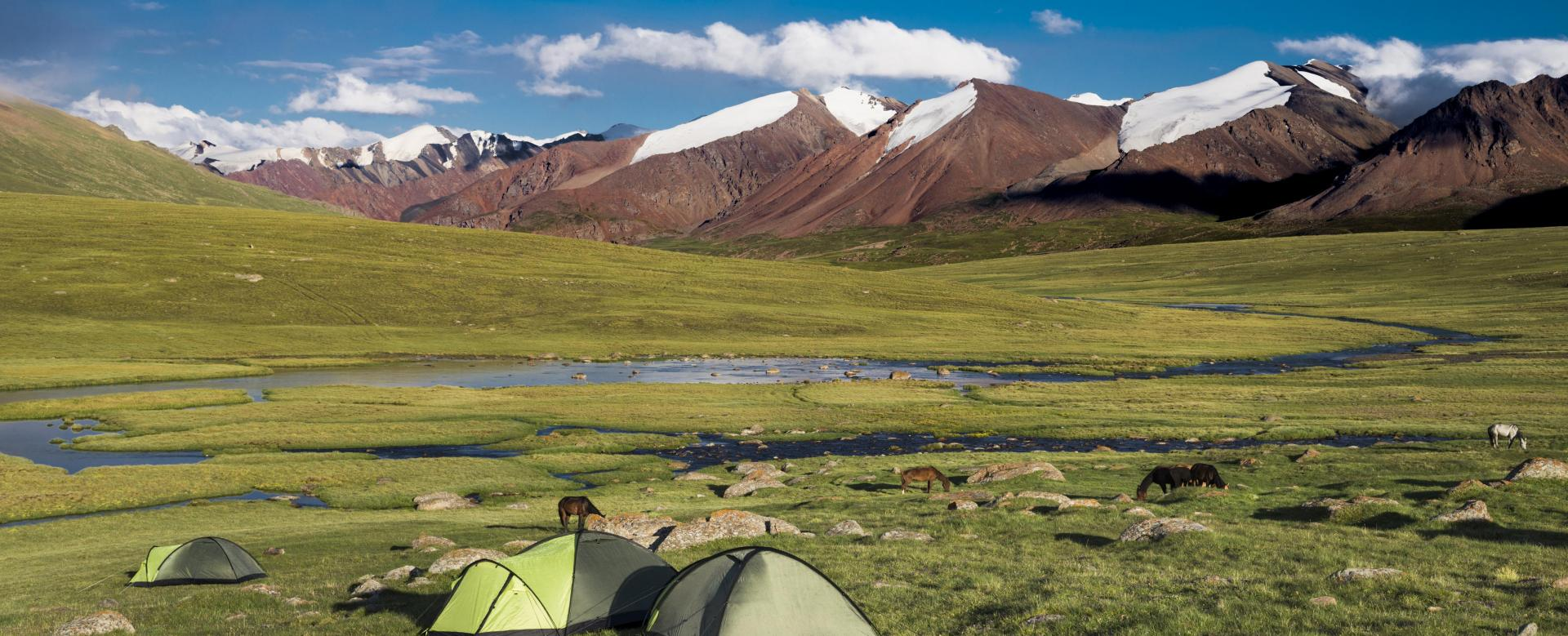 Voyage à pied : Grand trek dans les monts célestes