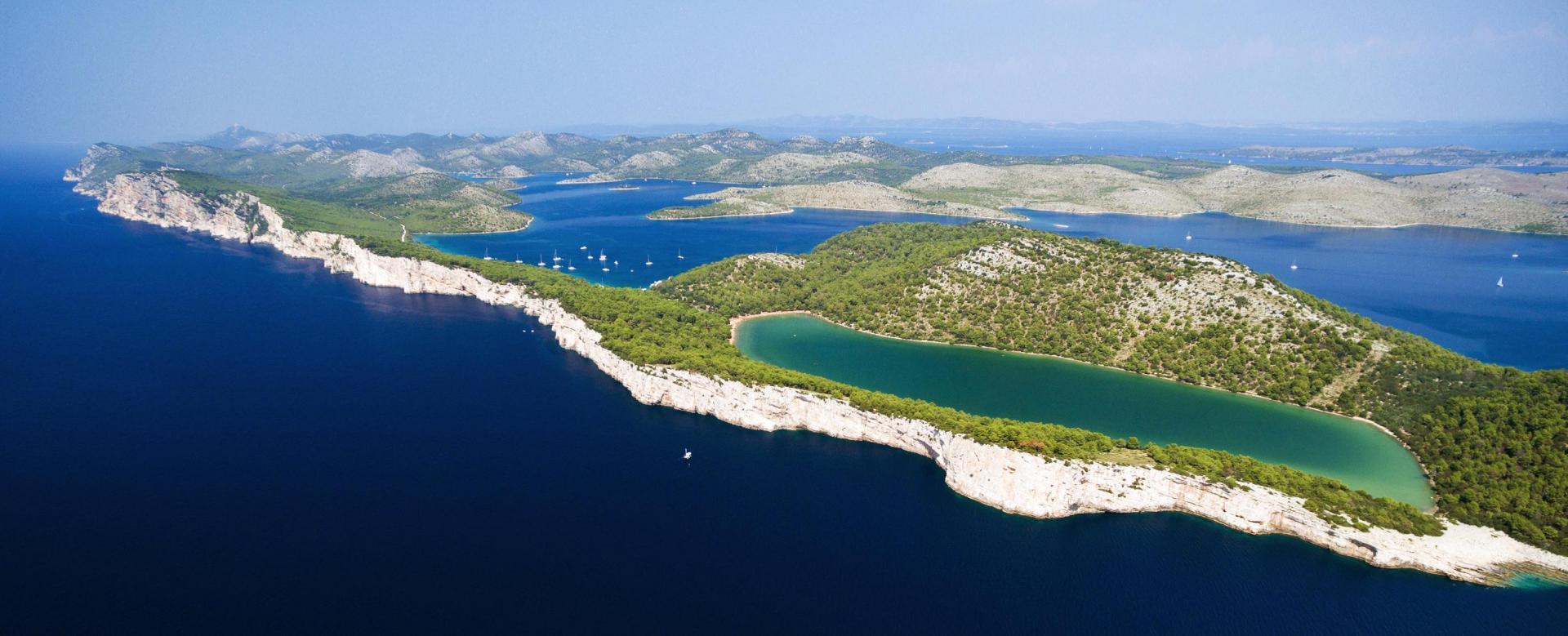 Voyage en véhicule : Parcs et îles de dalmatie