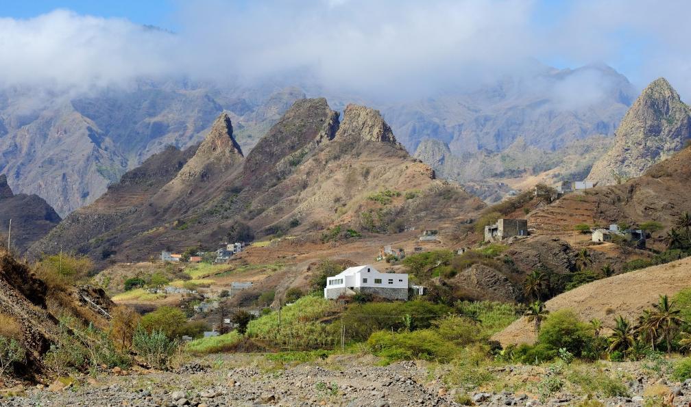 Image Paradis volcanique et vallées secrètes