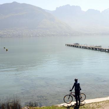 Du lac d'Annecy au lac du Bourget à vélo