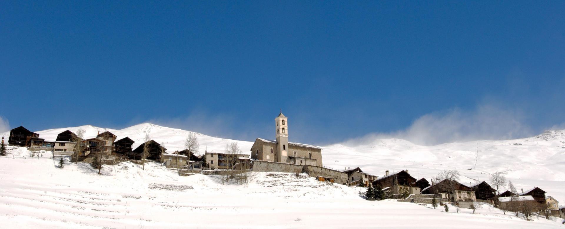 Voyage à la neige : Le tour du queyras en hiver