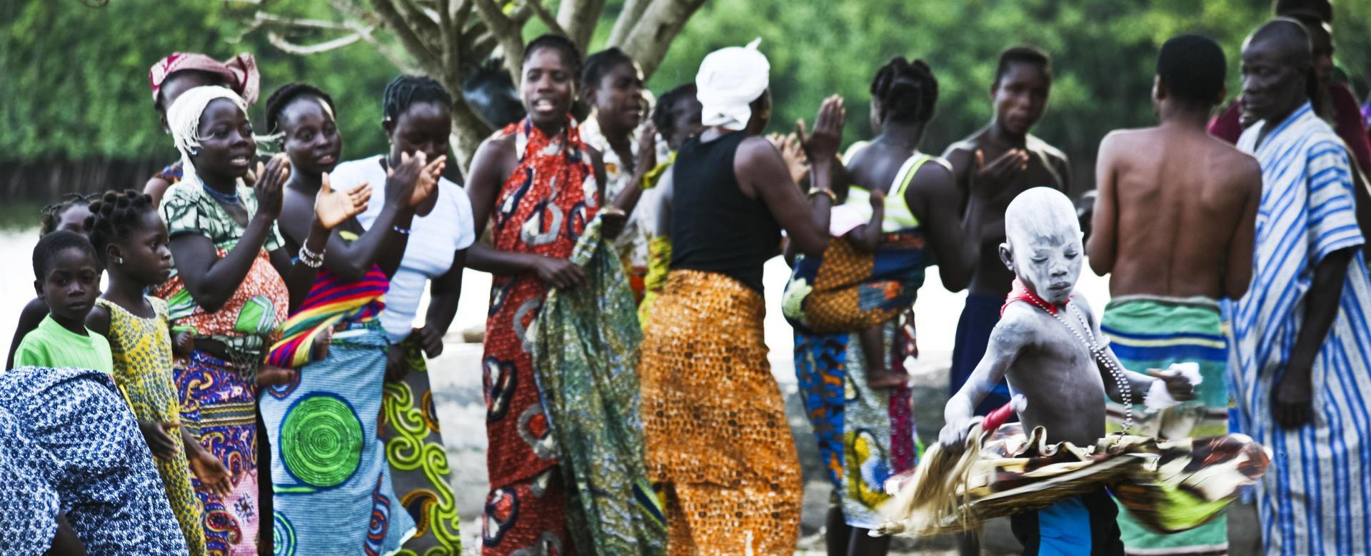 Voyage sur l'eau : Bénin : Les tatas-sombas de l'atakora