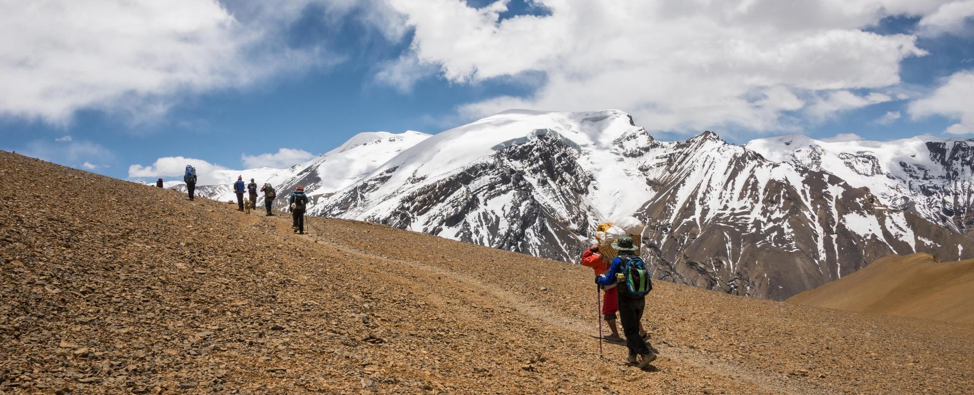 Voyage à pied : Mustang : saribung peak (6328 m)