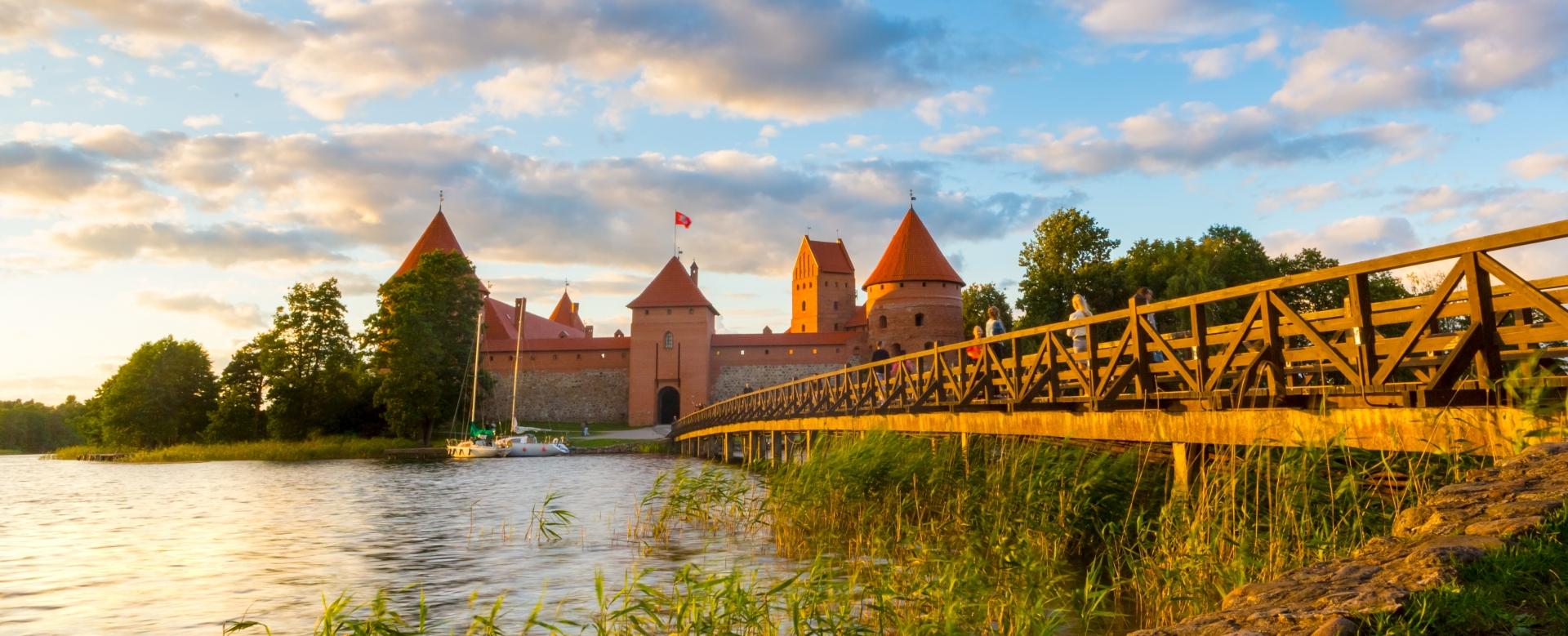 Voyage sur l'eau : Pays baltes : l\'ambre de légende