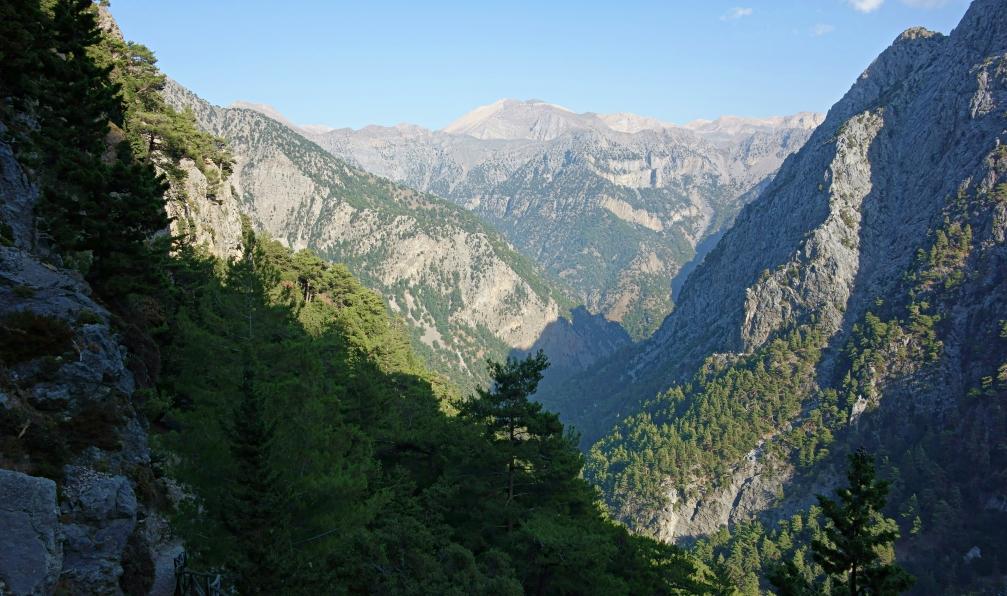Image Grande bleue, montagnes blanches