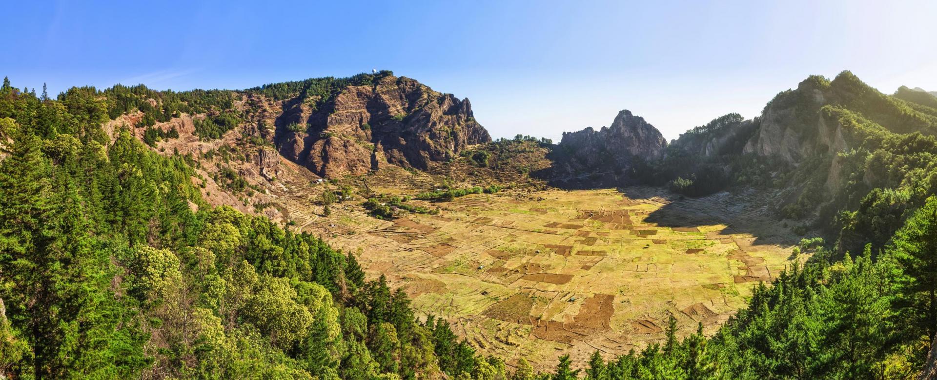 Voyage à pied : Pitons et vallées de santo antão