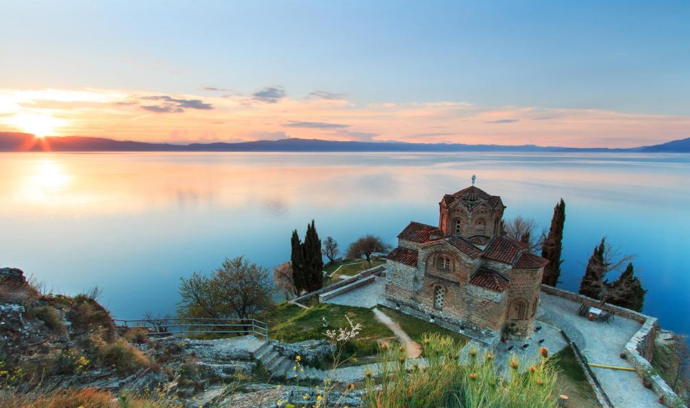 Image Des dolomites albanaises au rivage de l'adriatique
