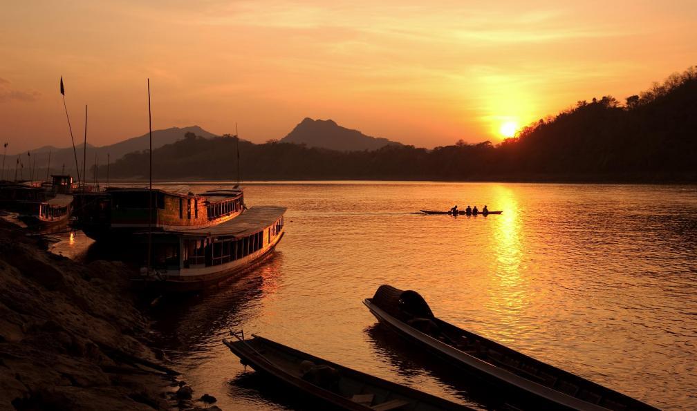 Image Viêtnam, laos, cambodge : triptyque asiatique