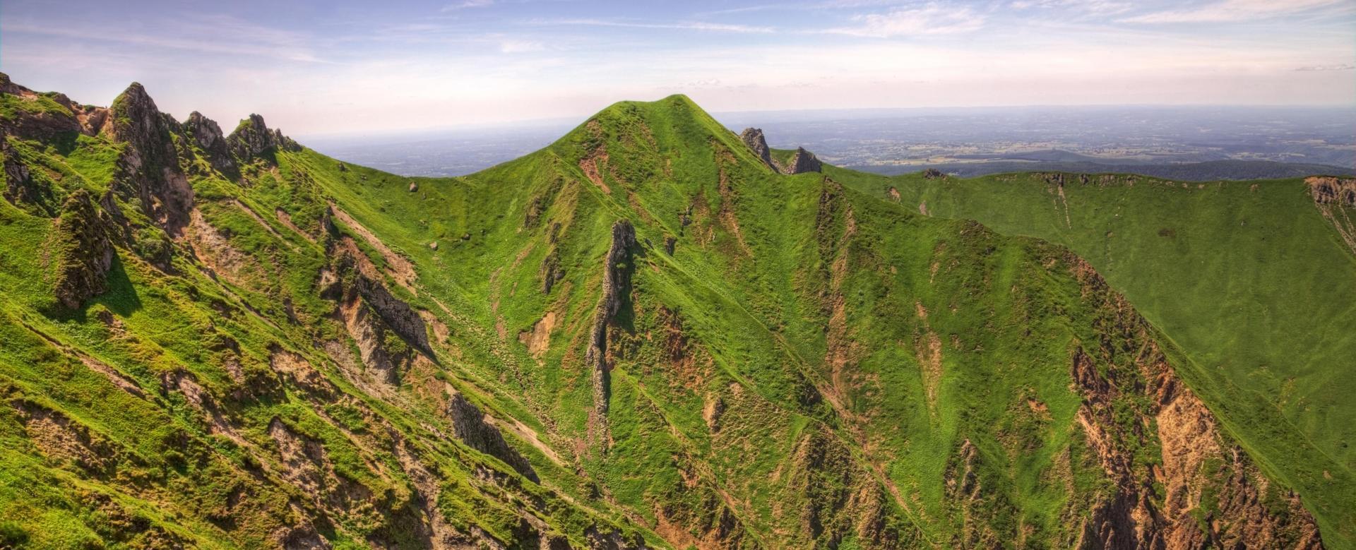 Voyage à pied : Auvergne, entre lacs et volcans