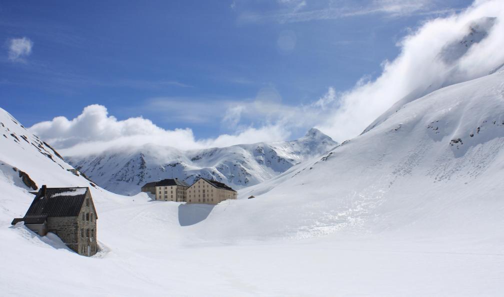 Image L'hospice du grand-saint-bernard