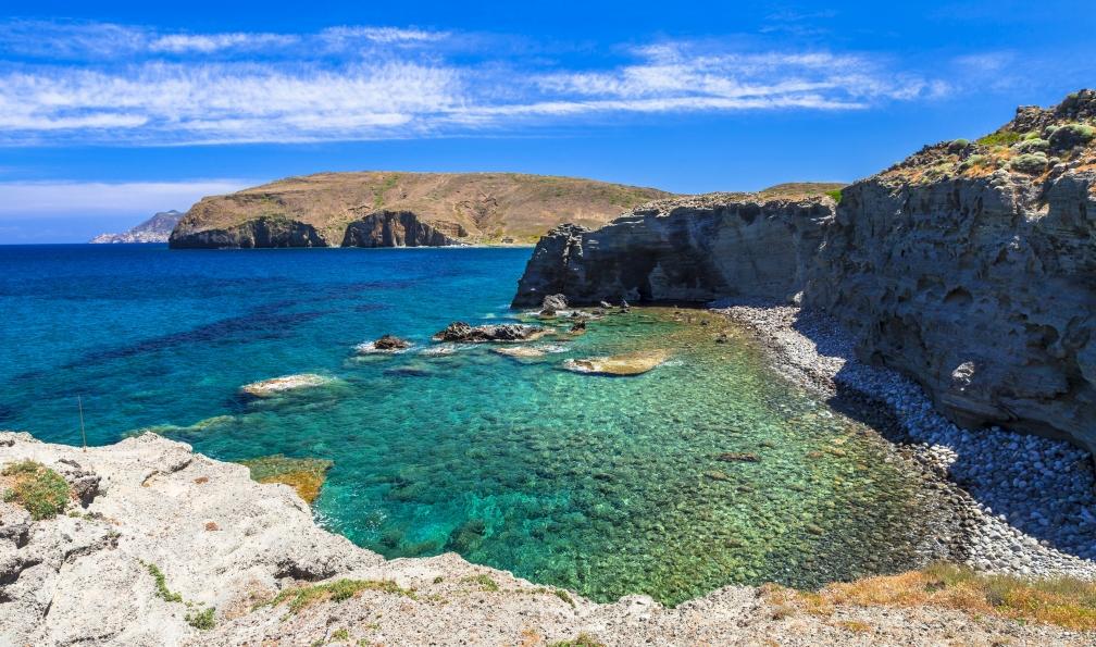 Image Milos et kimolos, îles aux couleurs en famille