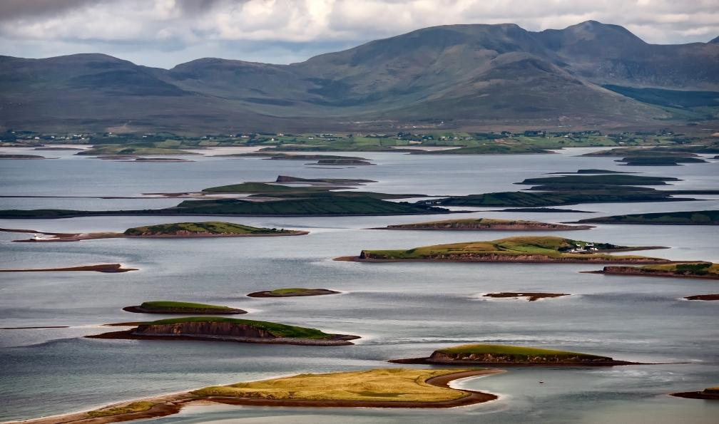 Image Des îles au mont saint-patrick à pied et à velo