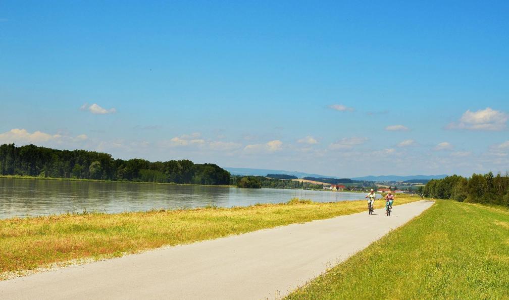 Image Le long du danube à vélo, de vienne à budapest