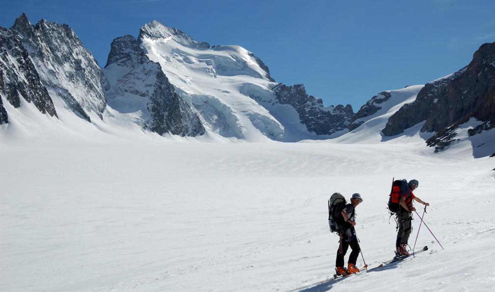 Image La haute route des ecrins à ski