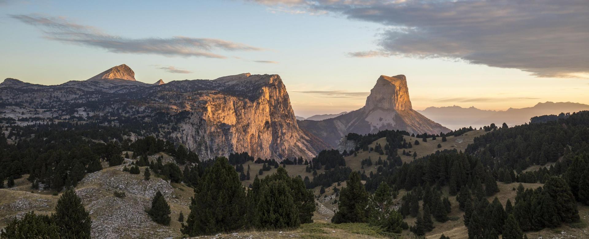 Voyage à pied : Vercors, mont aiguille et trésors du diois