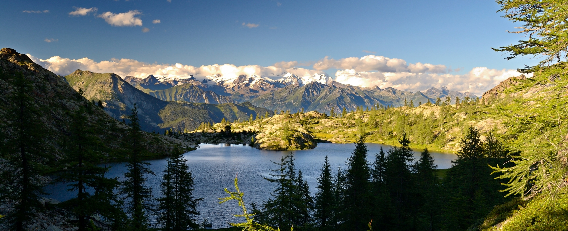 Voyage à pied : Val d'aoste : lacs du parc du mont-avic