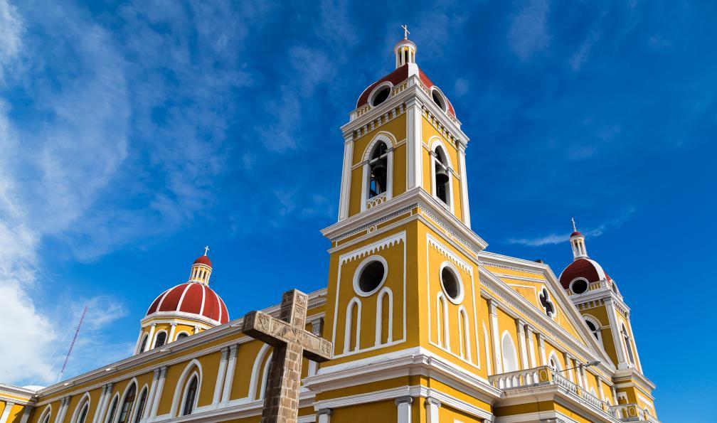 Image Volcans, pacifique et cités coloniales