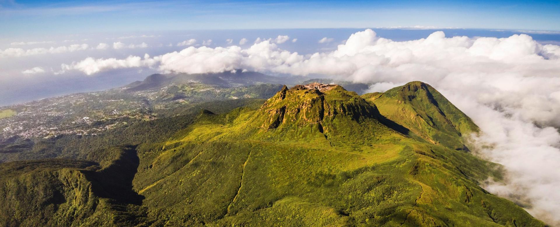 Voyage à pied : Guadeloupe : jungle, plage et volcan