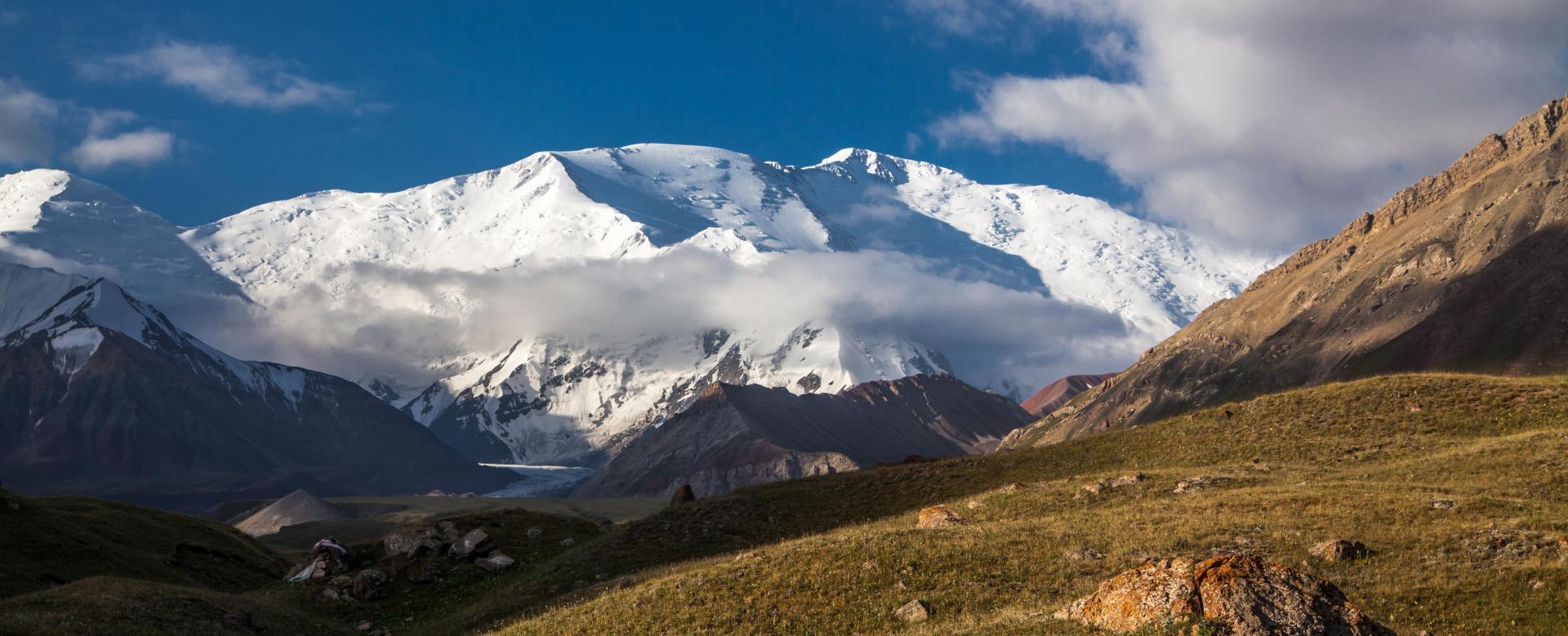 Voyage à pied : Le pic lénine (7134 m)