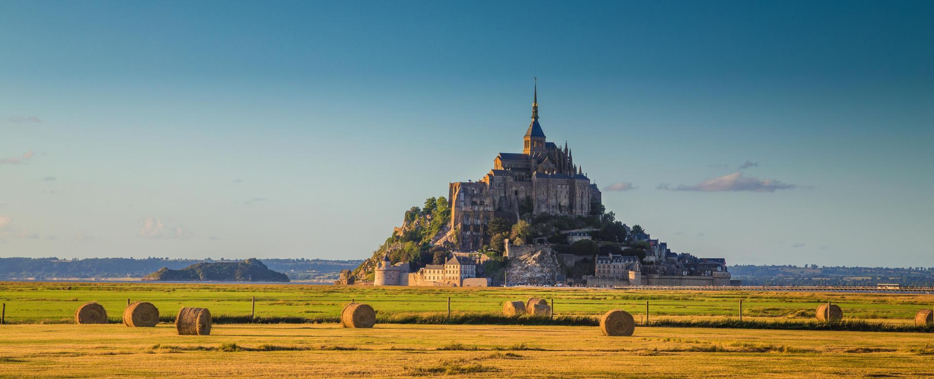 Voyage en véhicule France : De saint-malo au mont-saint-michel à vélo