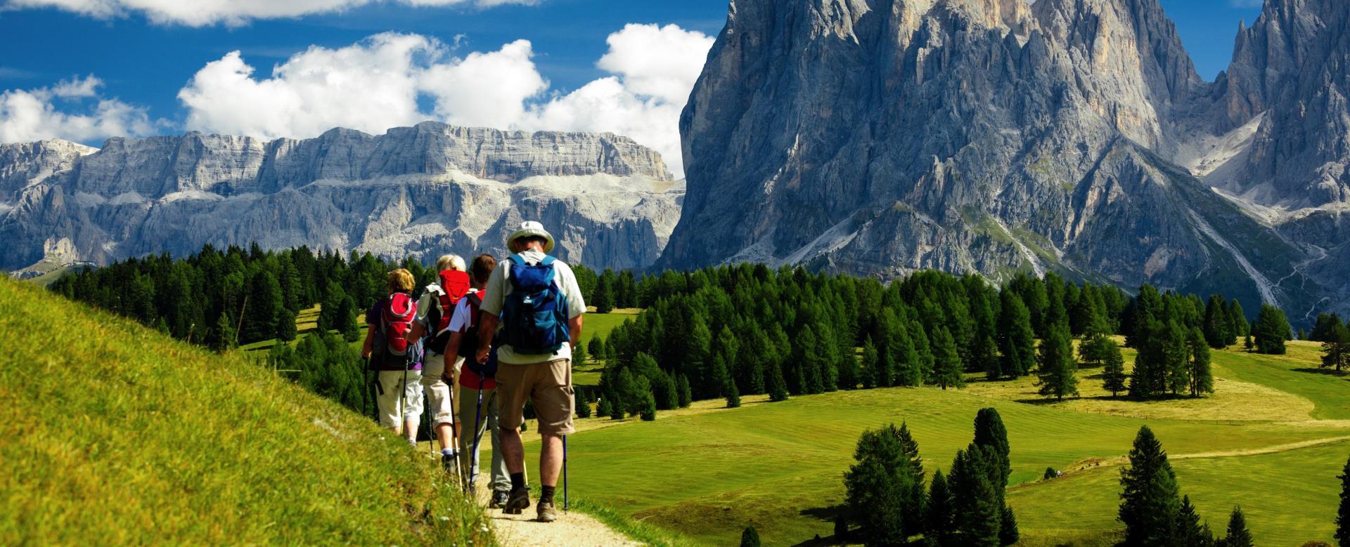 Voyage à pied : Alpes du Nord : Panorama sur les dolomites